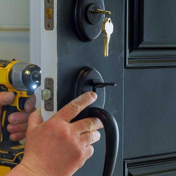 Change-Locks-locksmith